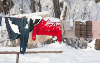 Auch bei Frost kannst du deine Wäsche draußen trocknen